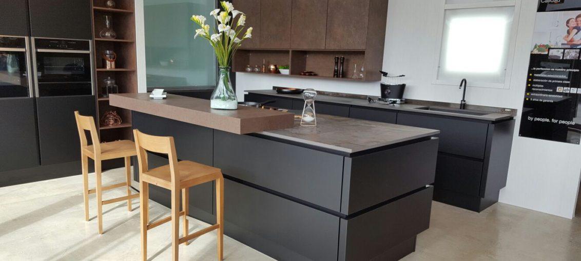 KüchenTime presenta su renovada exposición de cocinas de diseño en ...